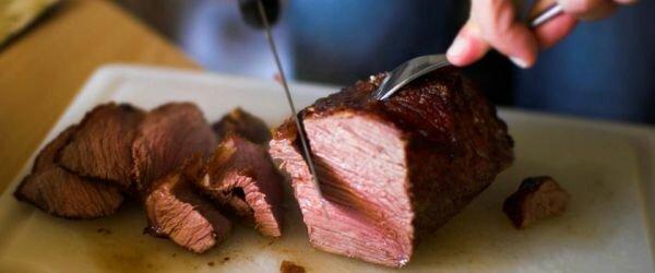 Диета аткинас - мясо, нож